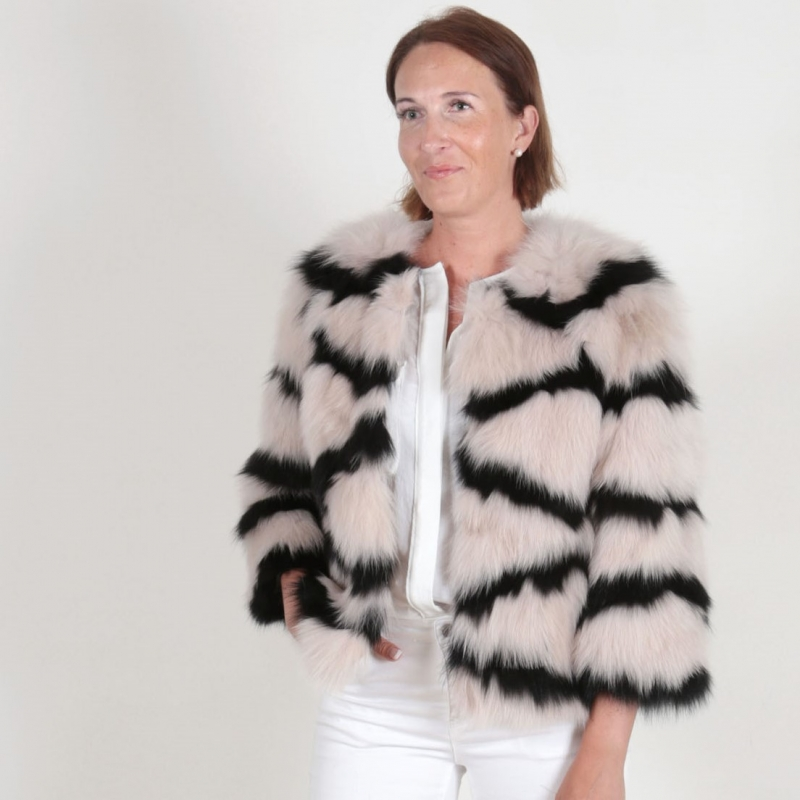 EYES ON MISHA fox fur jacket Olivia blush/schwarz